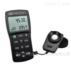 TES-1339系列专业级照度计可进行光强度测量