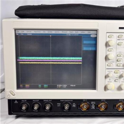TDS7104示波器泰克Tektronix