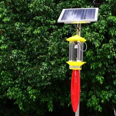 频振式太阳能灭虫灯