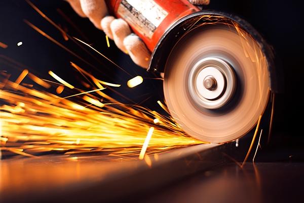 工信部:攻克化工新材料技术短板  推动高端制造业更上一层楼